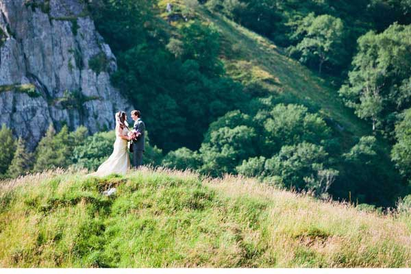 newly wed in the mountains llyn gwynant campsite