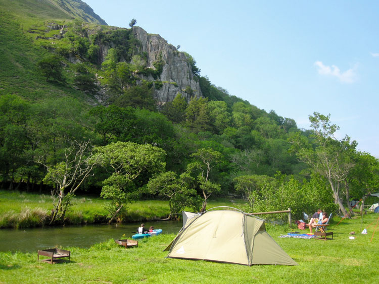 Camping in pen helen beside the afon glaslyn river llyn for Fishing sites near me